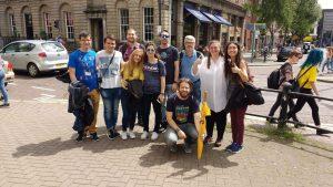 Nuestros alumnos y Adrián Zúñiga (profesor acompañante, abajo) con otros alumnos y profesores Erasmus+ de otros centros españoles.